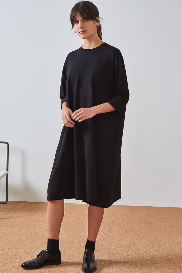 Kowtow oversized boxy dress organic cotton new zealand designer clothing  nz designer clothing