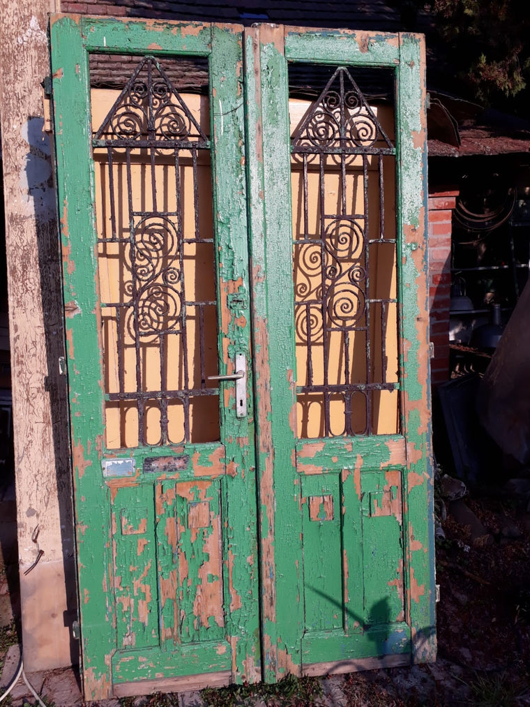 Vintage French wooden double house doors #2662 grn April container