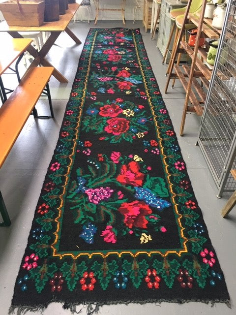 Vintage European Gypsy Carpet  #B3273 Byron Warehouse