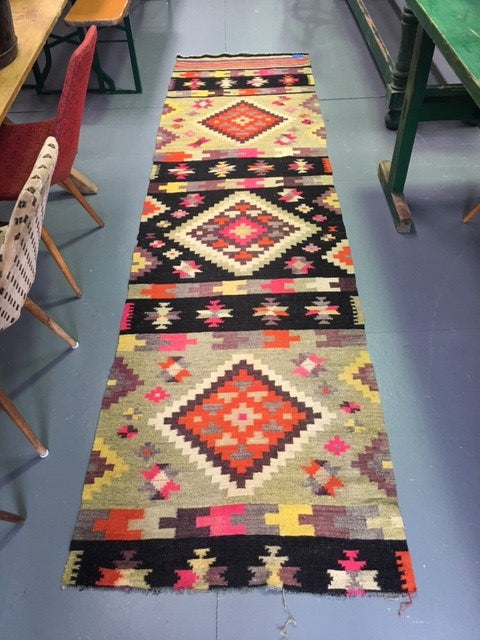 Vintage European Gypsy Carpet  #B3279 Byron Warehouse