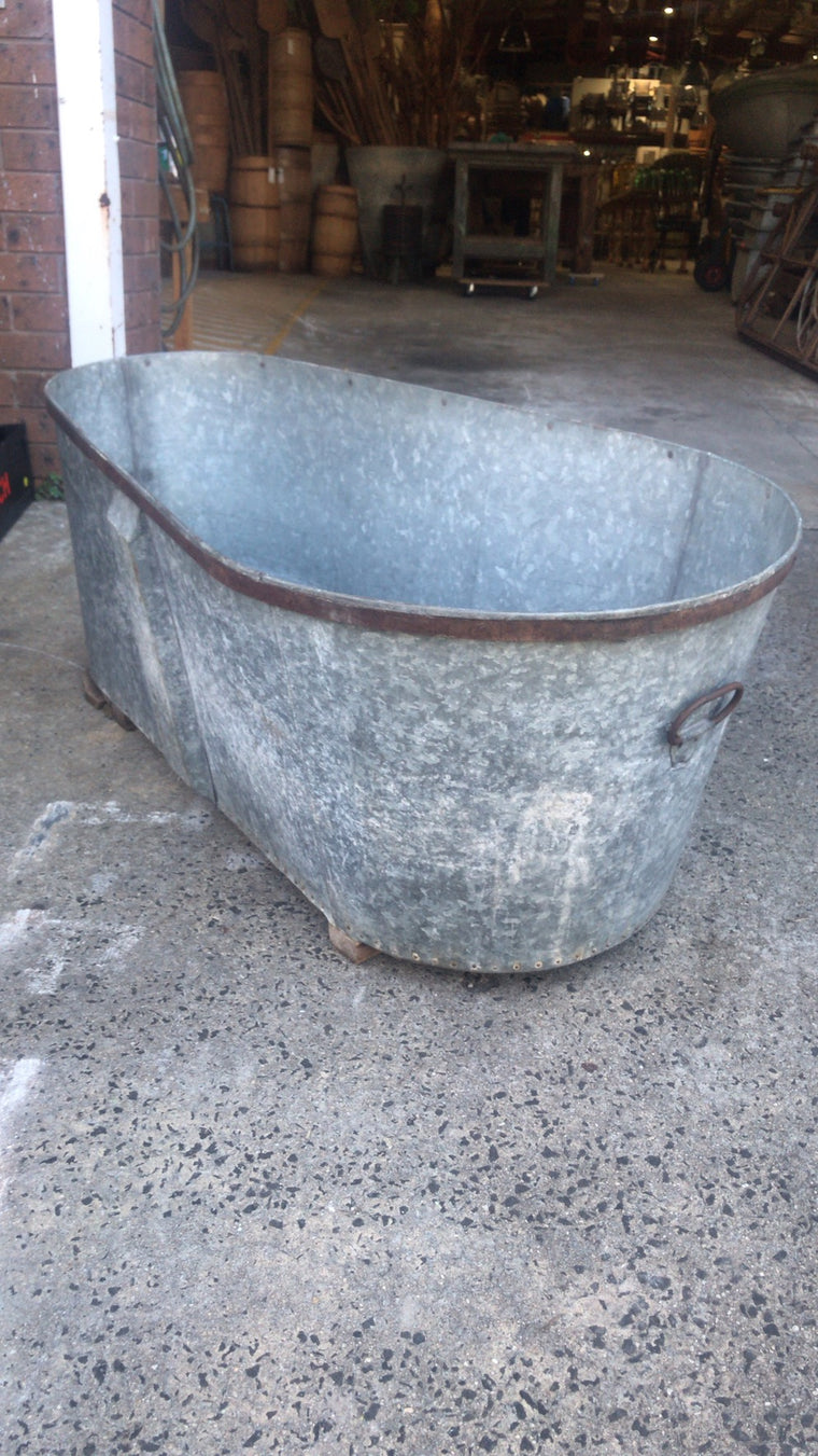 Vintage  French galvanised bath tub #2488a