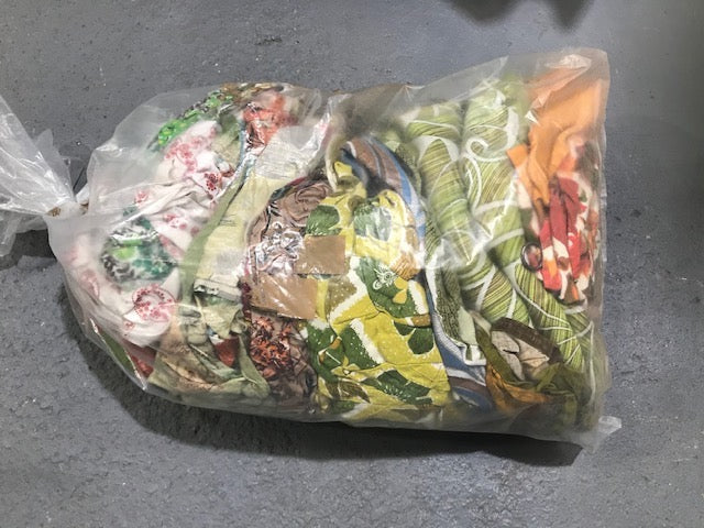 15Kg Bag of Vintage Curtains  #3122 (3)