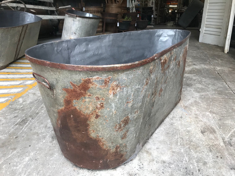 Vintage 1940s French galvanized bath tub #2645