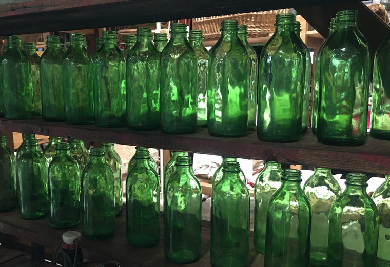 10 x Vintage  Small Green Bottles  #3007 (2)
