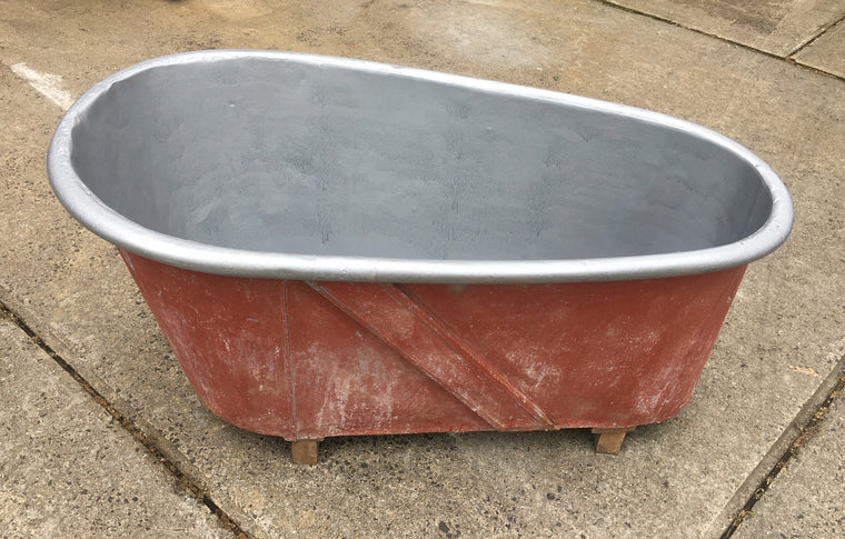 Vintage 1940s  Galvanized Bath Tub #3118