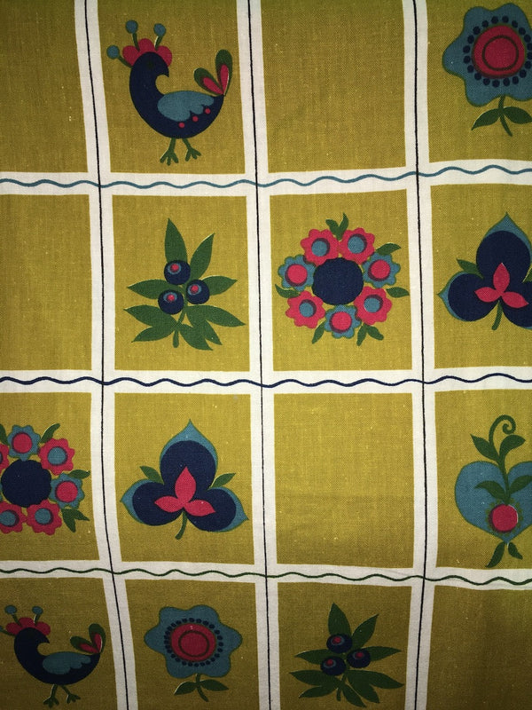 Old Vintage 70s European Fabric #m12