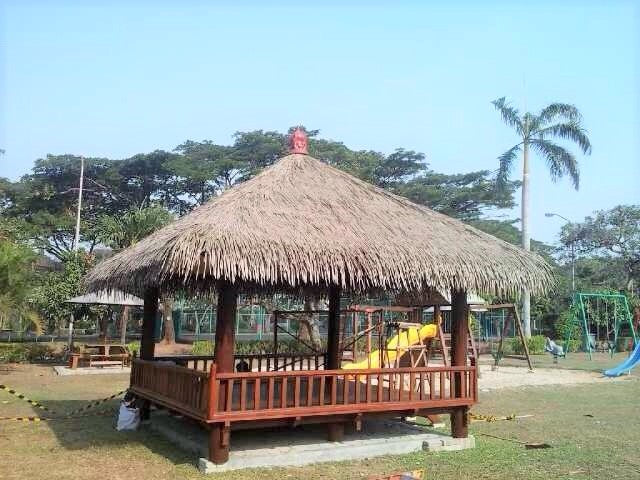 "Rethatching Your Bali Hut... Thatch or Synthetic? ""What you should know"""