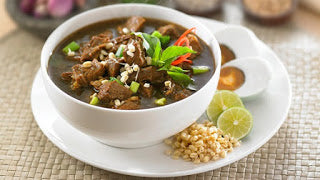 Nasi Rawon (Traditional Indonesian Beef Soup)