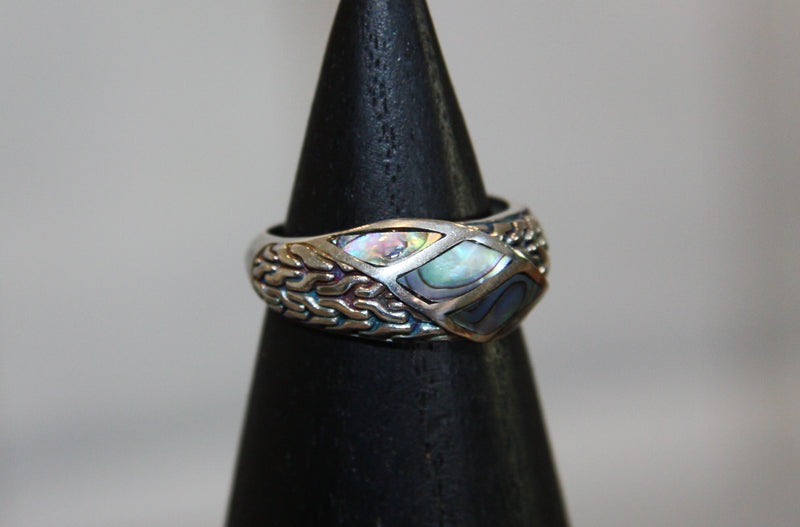 Silver Dress Ring with shell Inserts