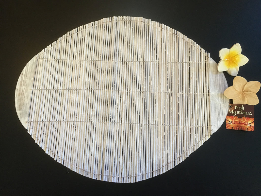 White Wash Oval Bamboo Placemat Set