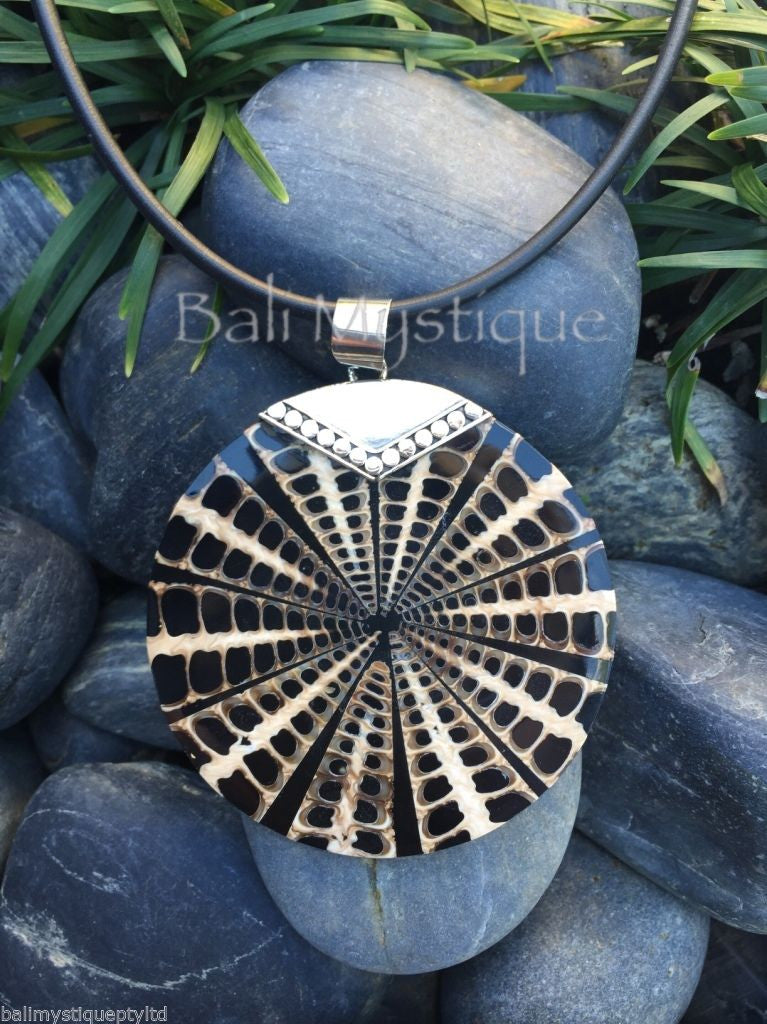 Balinese Black Spider Shell Round Pendant with Stirling Silver 925 Clasp #1288