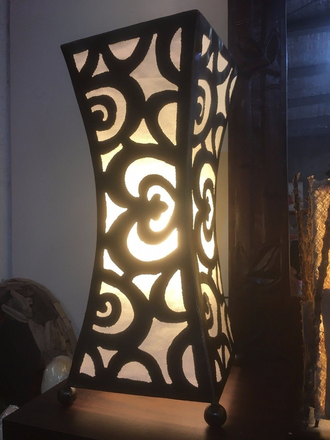 Balinese Iron Silhouette Table Lamp #1810