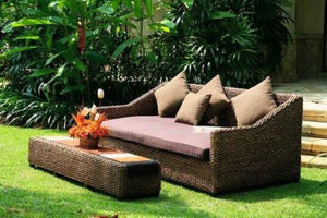 Balinese Large Water Hyacinth alfresco Day Bed Sofa / Lounge