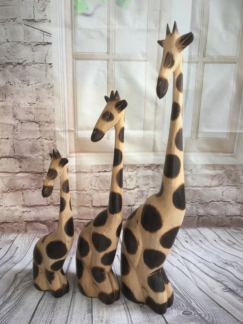 Set of 3 sitting Giraffes