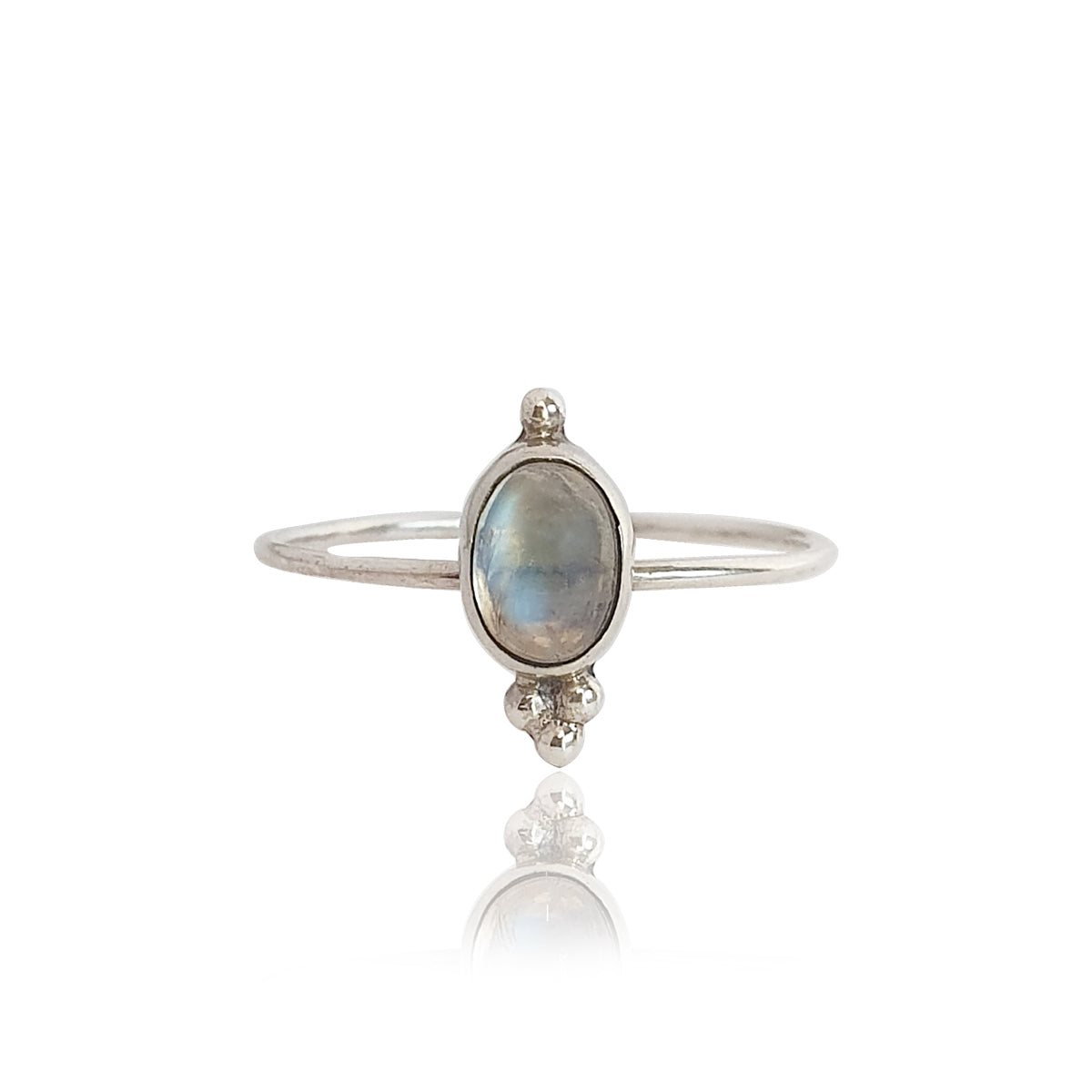 Kano ring in moonstone
