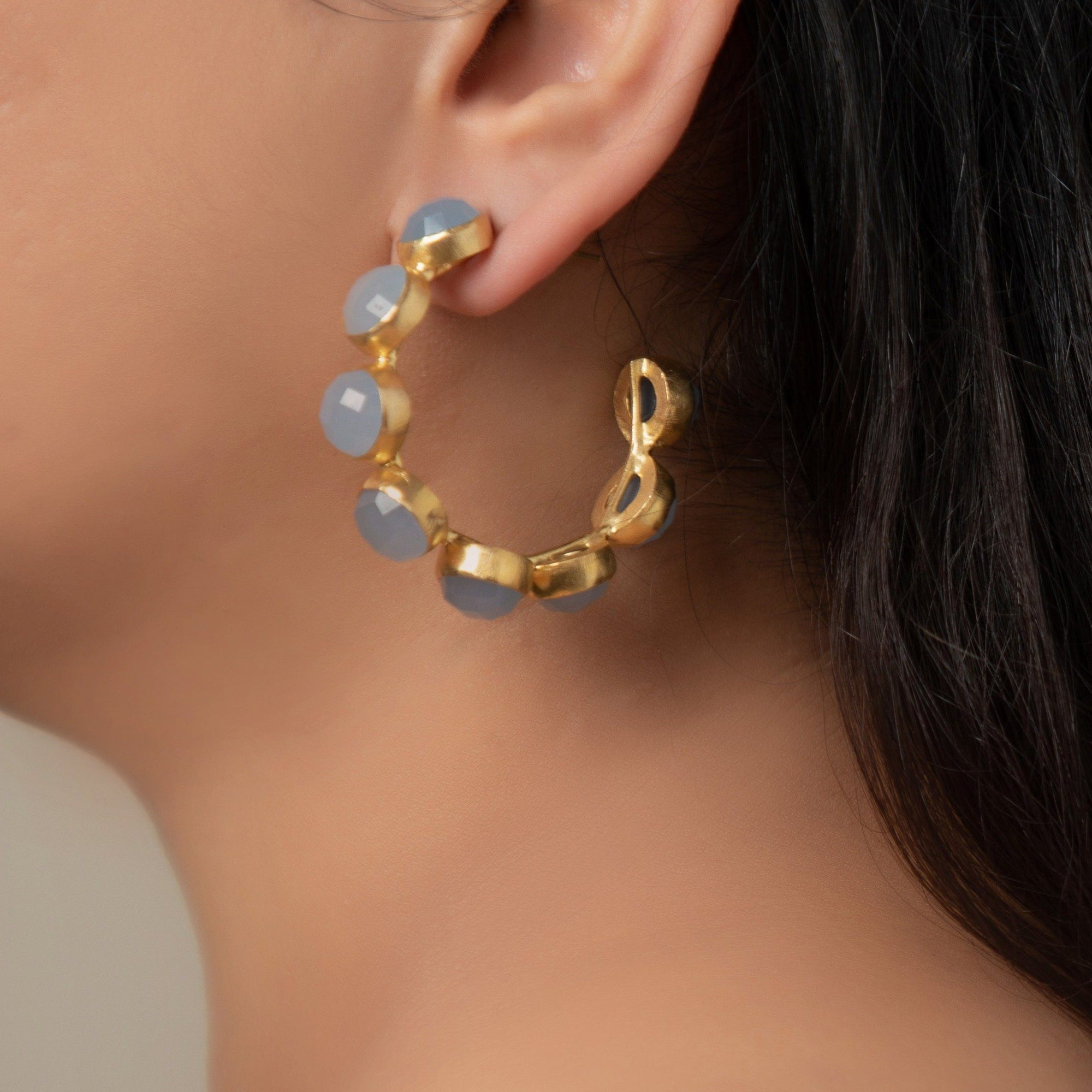 Freesia gemstone hoop in blue chalcedony - Statement Pieces