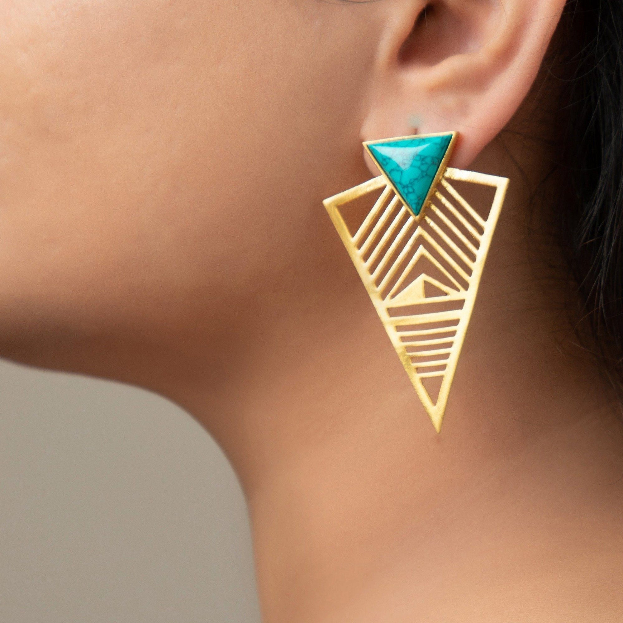 Pero triangle filigree earrings in turquoise - Statement Pieces
