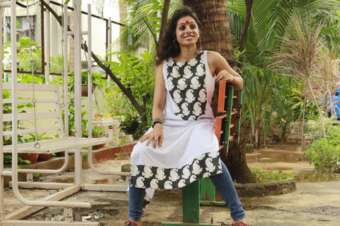 Tunic - Black & White Paisley tunic - Prathaa