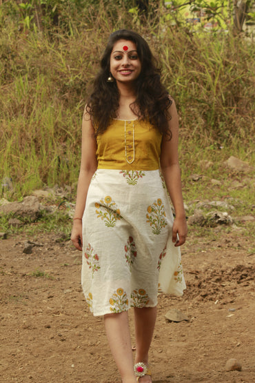 Dress - Mul Flower Printed Dress - Mustard - Prathaa