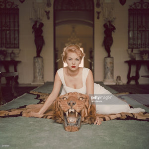 Beauty And The Beast - Slim Aarons