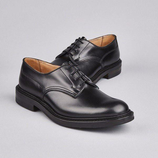 Woodstock Shoe in Black