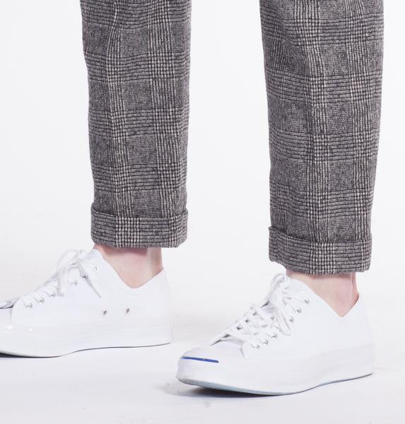 Marlow Slim Fit Trouser in Black/White