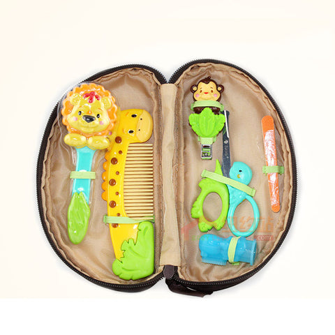 Sassy Grooming & Manicure Set