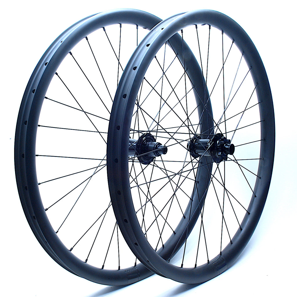Shaun's Industry9 Torch hub ons FliteX 30mm rims