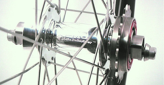 Grandpa's Axe - Tim's wide carbon MTB rims on White Industries Singlespeed hubs