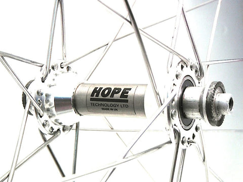 Image showing classic Zipp 440 carbon bicycle wheel rebuild with Hope Ti front hub.