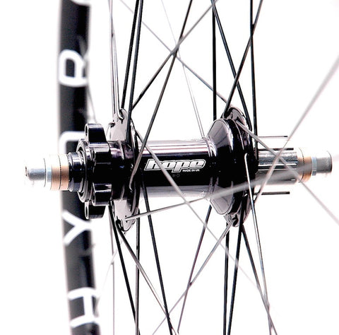 Pic of Hope SS rear disc hub on Hplusson HYDRA custom hand built by XLR8 Wheels.