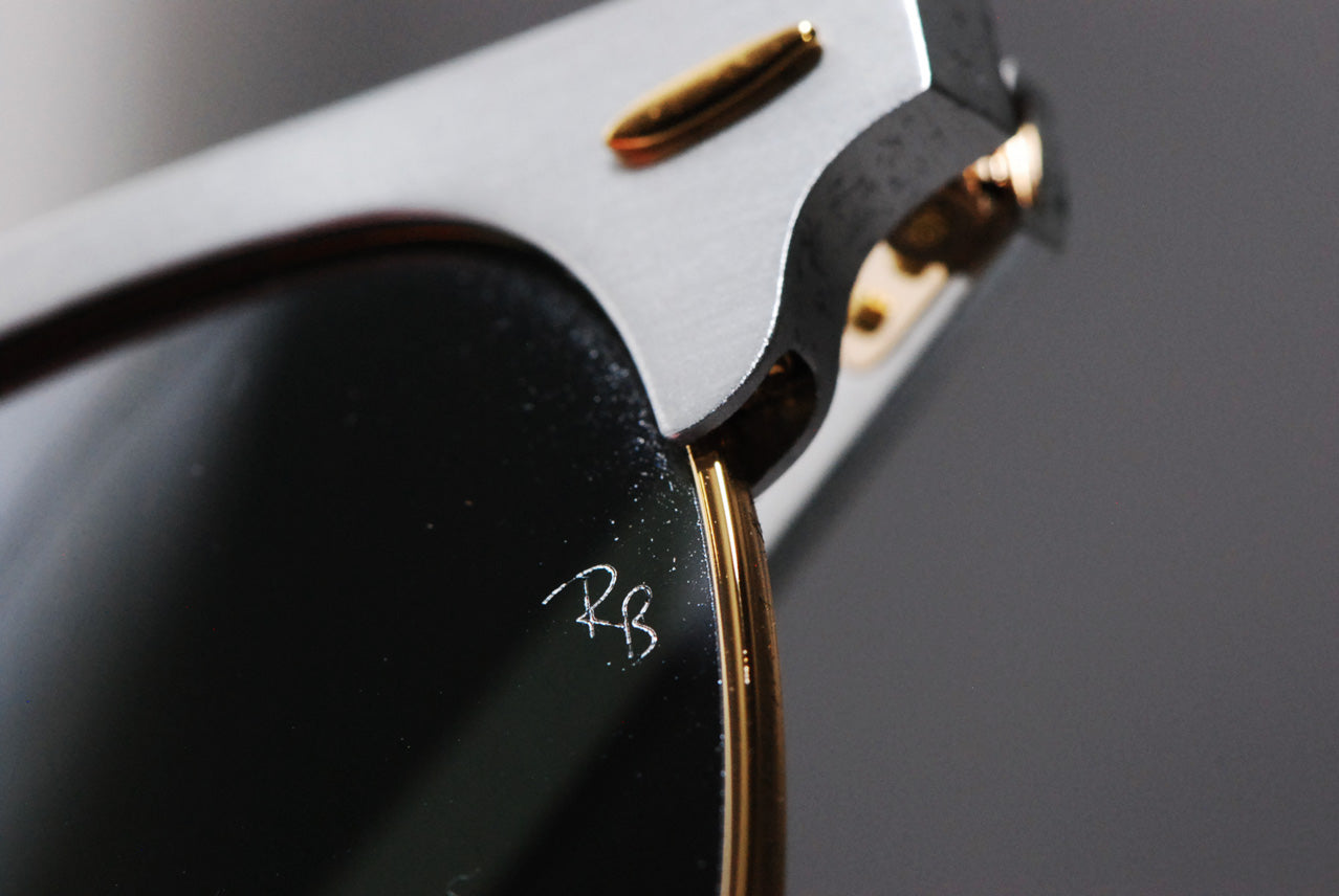 bc610aaee0 Every inch is identical to any other authentic Ray-Ban made by Luxottica.