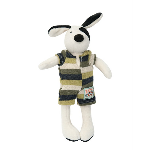 Julius is an adorably soft plush dog toy for baby, part of La Grande Famille range by Moulin Roty, He has soft plush fabric face, body, feet, ears and in a soft cream colour with black patch on his eye and ears.