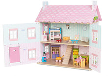 Le Toy Van's Sophie's Dollhouse inside