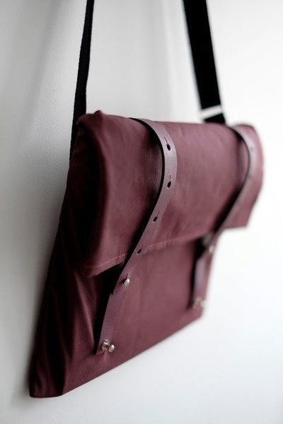 Vel-Oh Cycling Bags - Nip Out Musette | Burgundy