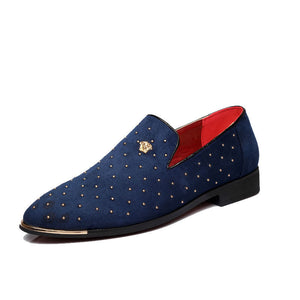 Fashion Pointed Rivet Casual Shoes
