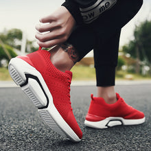 Sports Wind Mesh Surface Breathable Running Shoes