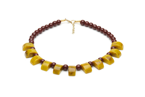 Splendette vintage inspired 1940s style fakelite yellow and brown Catkin Curve Bead Necklace
