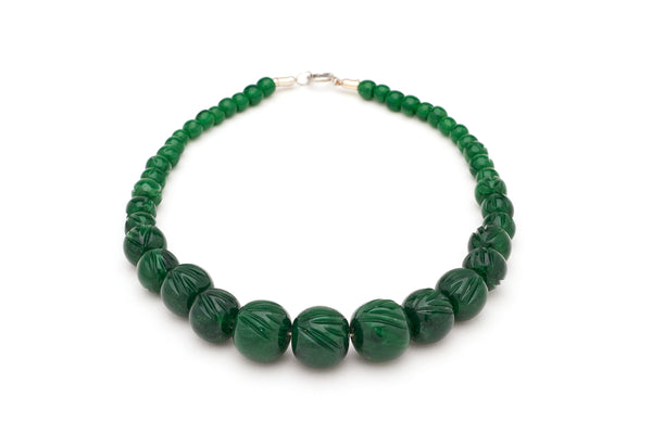 Carved Deep Green Fakelite Bead Necklace
