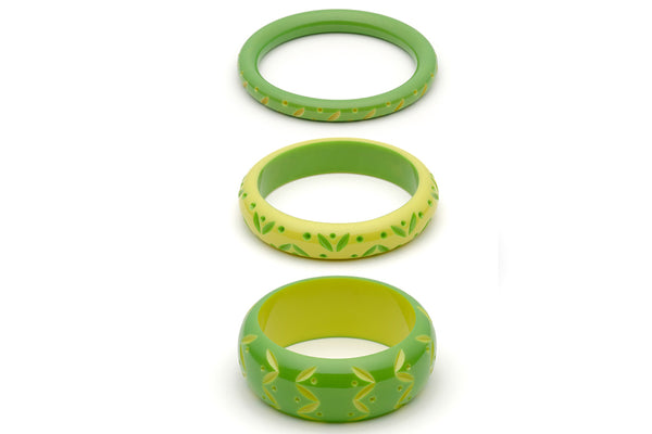 Splendette vintage inspired 1950s style bright green carved Duotone fakelite Lime & Zest Set of 3 Bangles