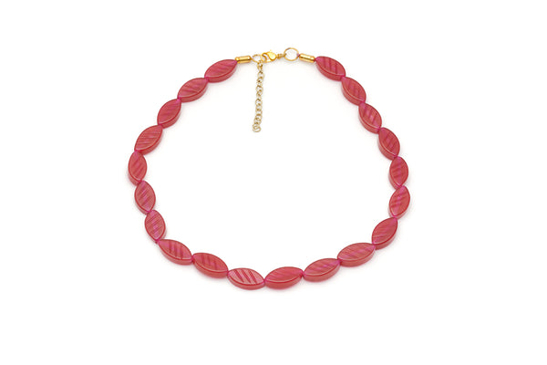 Splendette vintage inspired 1940s style carved red Narrow Golden Bordeaux Fakelite Necklace