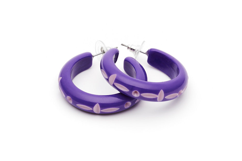 Wide Violet Carved Maiden Bangle