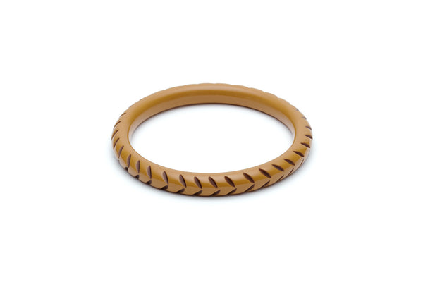 Splendette Narrow Almond Carved Bangle