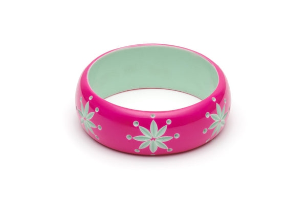 Splendette Wide Flamingo Carved Duchess Bangle