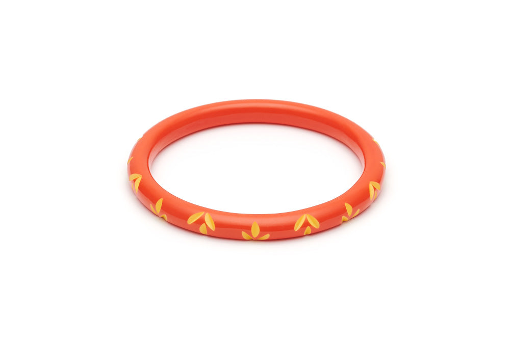 Splendette Narrow Sunset Carved Duchess Bangle