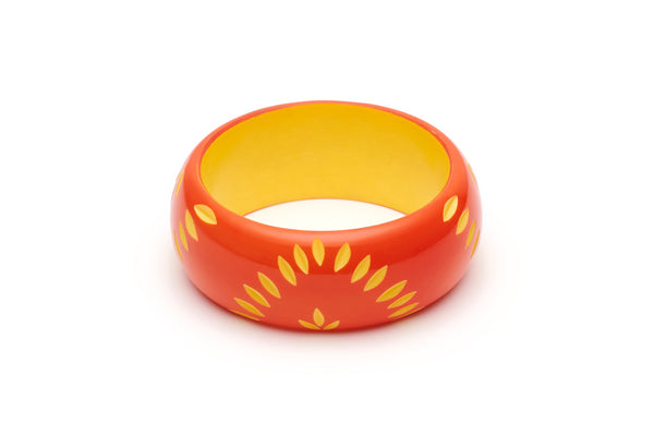 Splendette Wide Sunset Carved Bangle