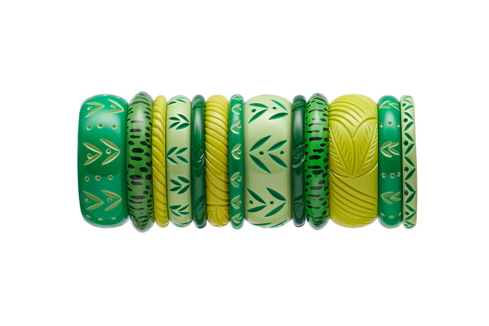 Midi Summer Carved Bangle