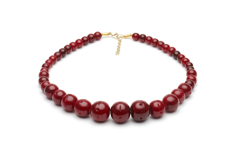 1950s Jewelry Styles and History Mulberry Fakelite Bead Necklace £15.00 AT vintagedancer.com
