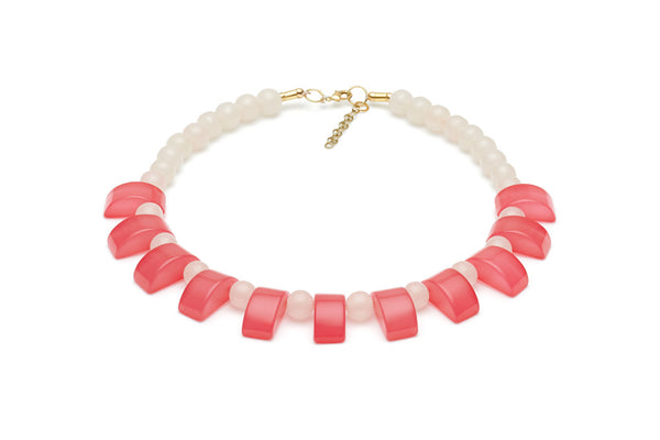 Rose Fakelite Bead Necklace