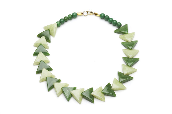 1940s 1950s Bakelite Style Green Triangle Necklace